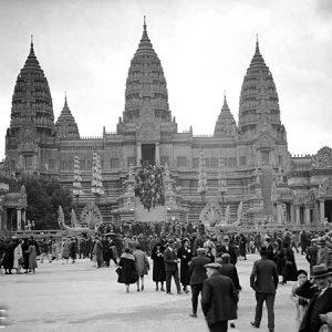 Reconstitution du temple d'Angkor Vat / Exposition universelle de Paris, 1931