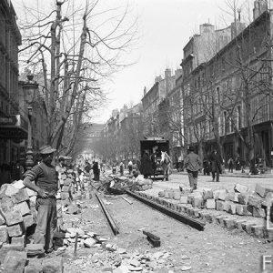 Installation des rails de tramway à Marseille / 1900