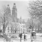 La cathédrale saint-Gatien sous la neige / Tours, 1880