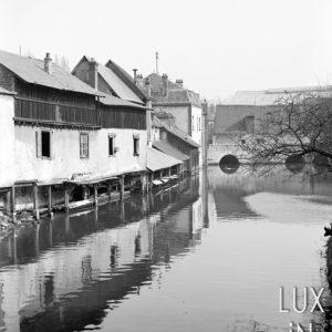 Montargis / Maisons au bord de l'eau, 1900