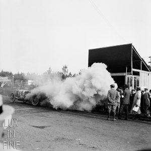 Devant les stands, circuit de la Sarthe, 1906 - NE032910